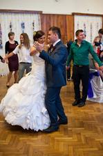 První novomanželský taneček :)