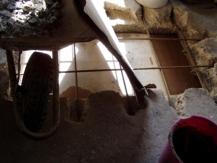 Mamičkina kupelka - montážna jama pripravená na zaliatie betónom