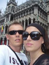 Budoucí novomanželé v Bruselu