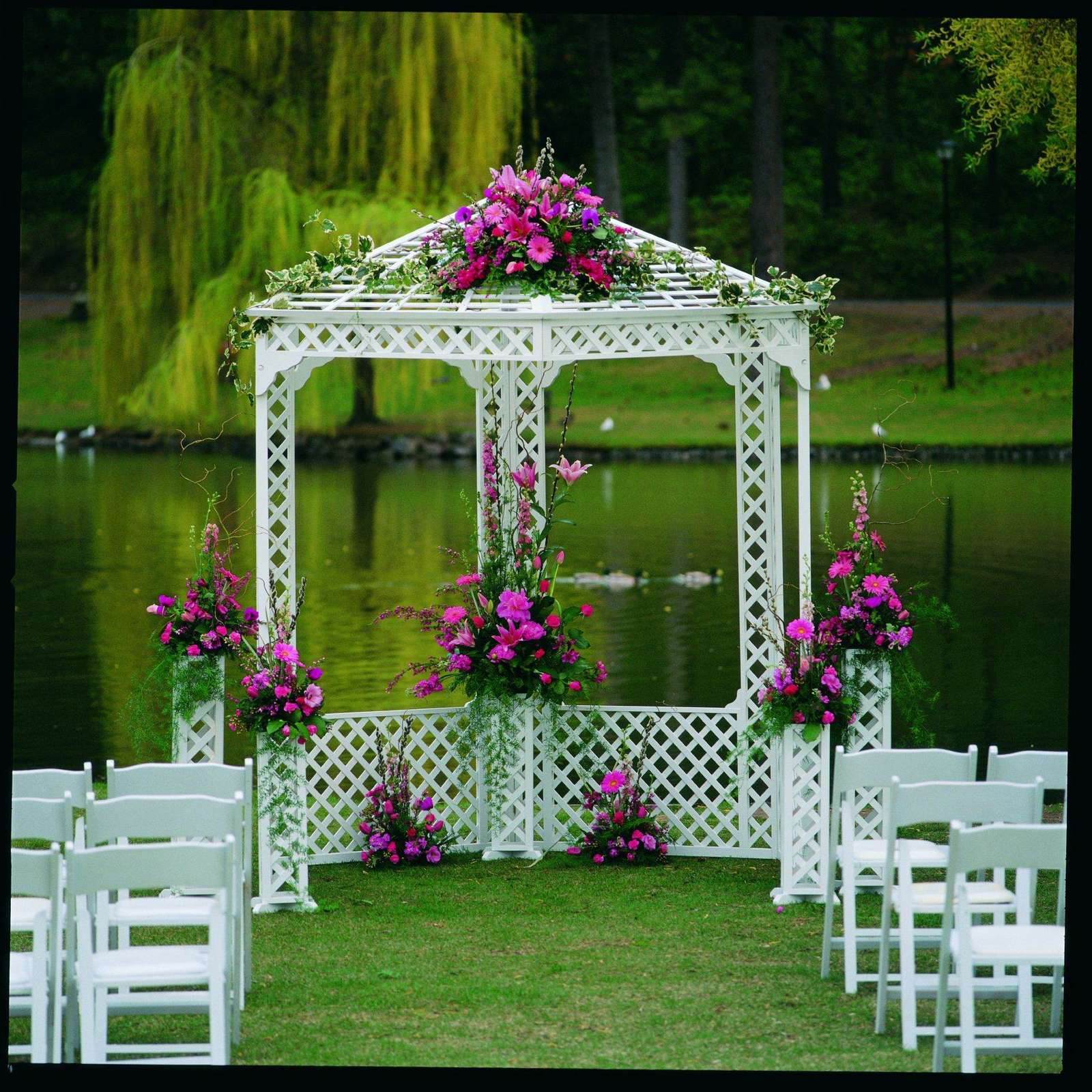 Půjčení svatebního altánu - Obrázek č. 1