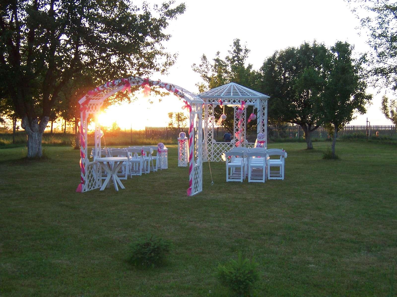 Půjčení svatebního altánu - Obrázek č. 2