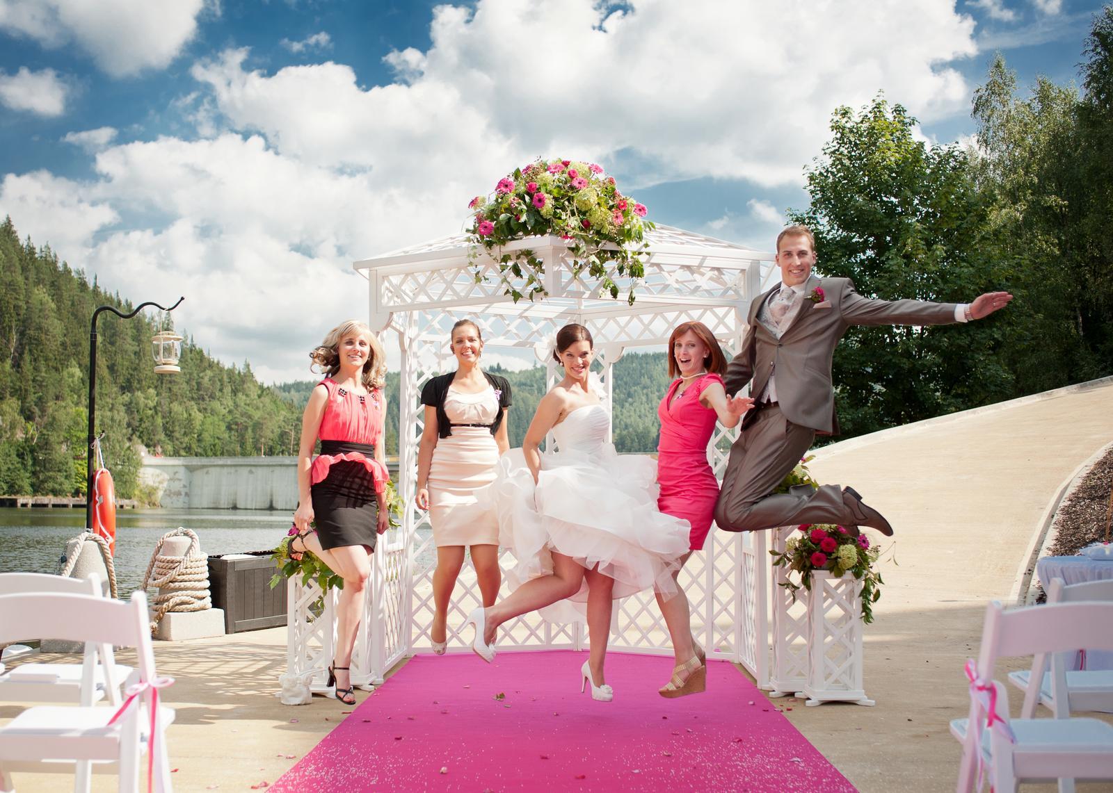 Půjčení svatebního altánu - Obrázek č. 3