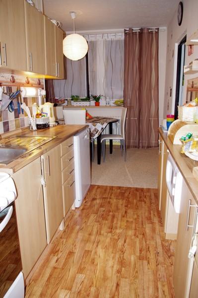Nový kabát našehu bytečku - realizace :-) - Moje nová kaffíčková kuchyň, vaří se v ní báječně :-)