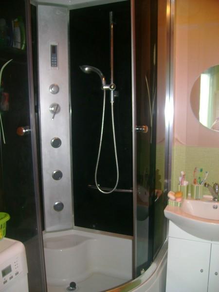 Nový kabát našehu bytečku - realizace :-) - sprchový kout, je parádní