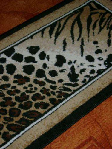 Náš malý byteček - už je to uděláno už je to hotovo :-) - africký koberec v PC koutku