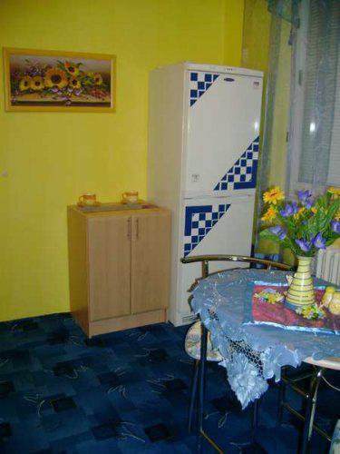Náš malý byteček - už je to uděláno už je to hotovo :-) - vše modrožluté