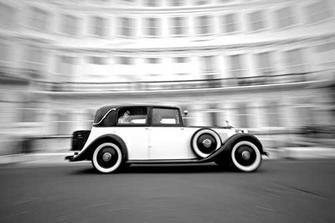 že by takové autíčko ?