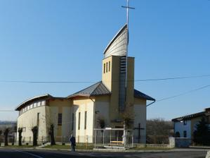 Nas kostolik:)