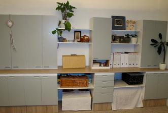 V pracovně stará kuchyň bude ještě nejakou dobu sloužit :)