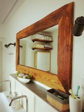 Skříňka pod umyvadlo má konečně kamaráda.. Zrcadlo.. juch!