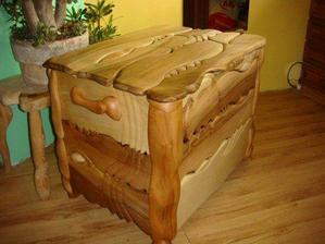 drevená truhlica