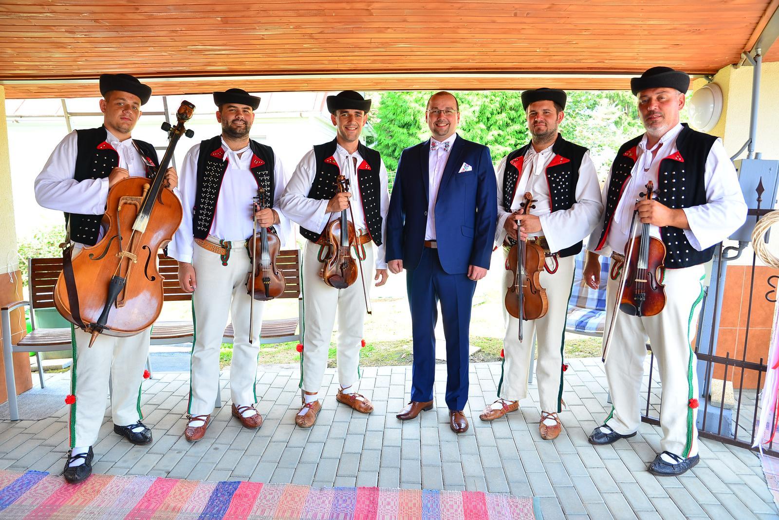 Folklorna svadba M+M, 24.8.2019 Turany - Folklorna svadba M+M, 24.8.2019 Turany, autor Foto: Multimediálny DJ Maroš Chvojka 010