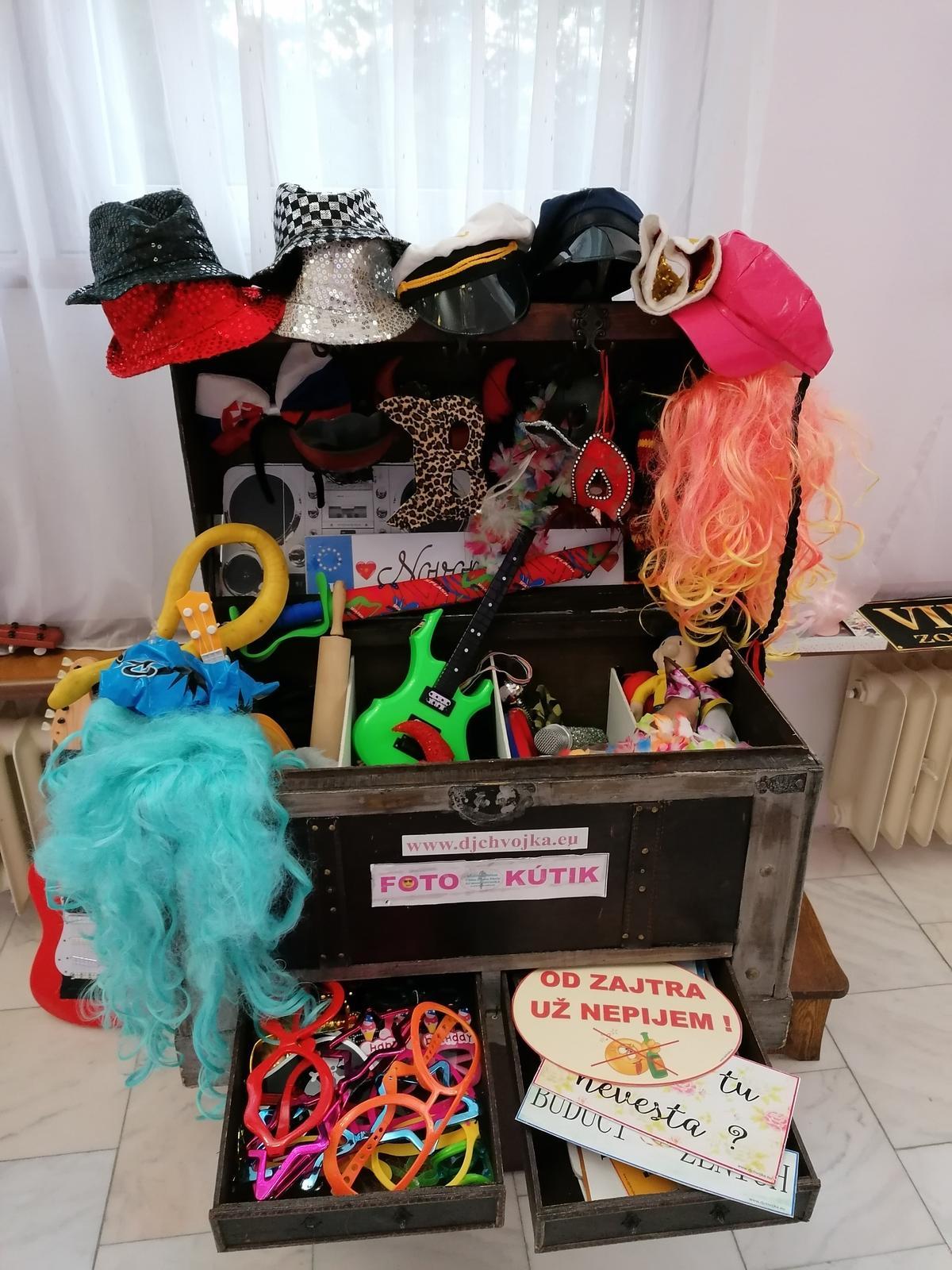 Svadobné FOTO steny, Foto kútik DJ Chvojka - Obrázok č. 8