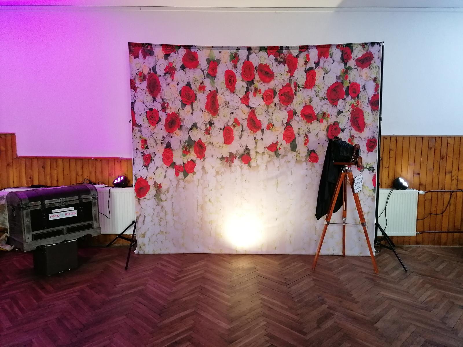 Svadobné FOTO steny, Foto kútik DJ Chvojka - Obrázok č. 11