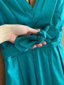 Tyrkysové spoločenské šaty, 34
