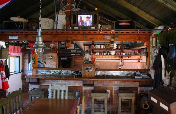 Miloslavova zem - bar v MZ