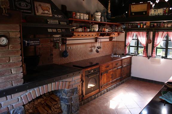 Miloslavova zem - kuchyňa v MZ - iný pohľad