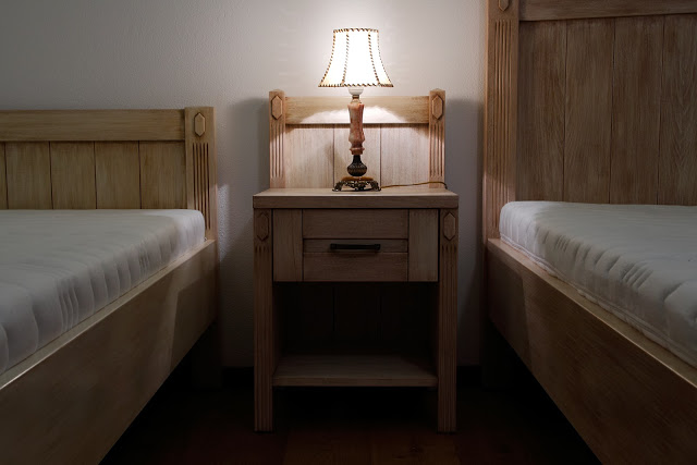 Vintage - nocny stolik