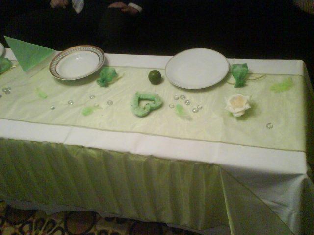 Pripravy v zelenom - a tak nejako bude vyzerat stol