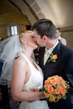 DČ - První novomanželská pusinka