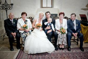 DČ - S rodiči a naším prckem