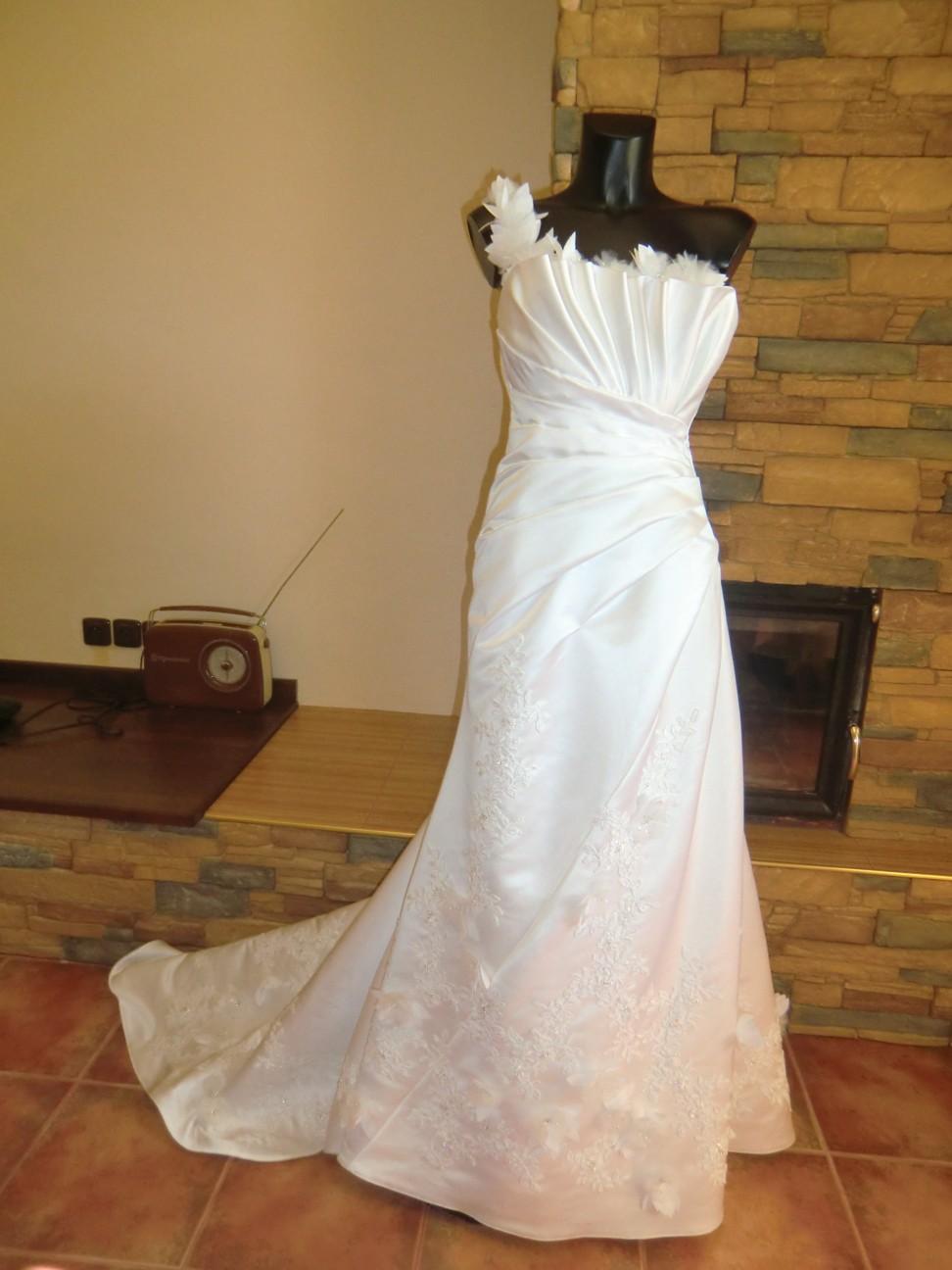 svatební šaty Jasmine Bridal - Obrázek č. 1