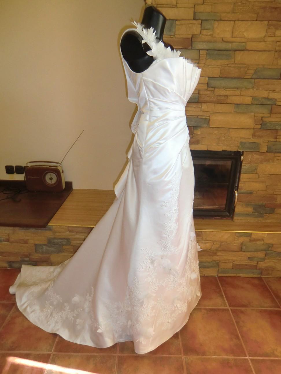 svatební šaty Jasmine Bridal - Obrázek č. 2