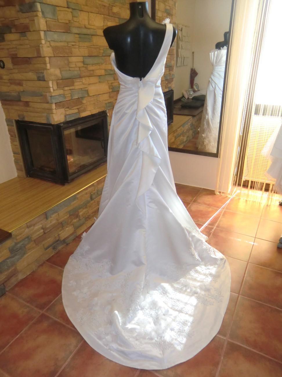 svatební šaty Jasmine Bridal - Obrázek č. 3