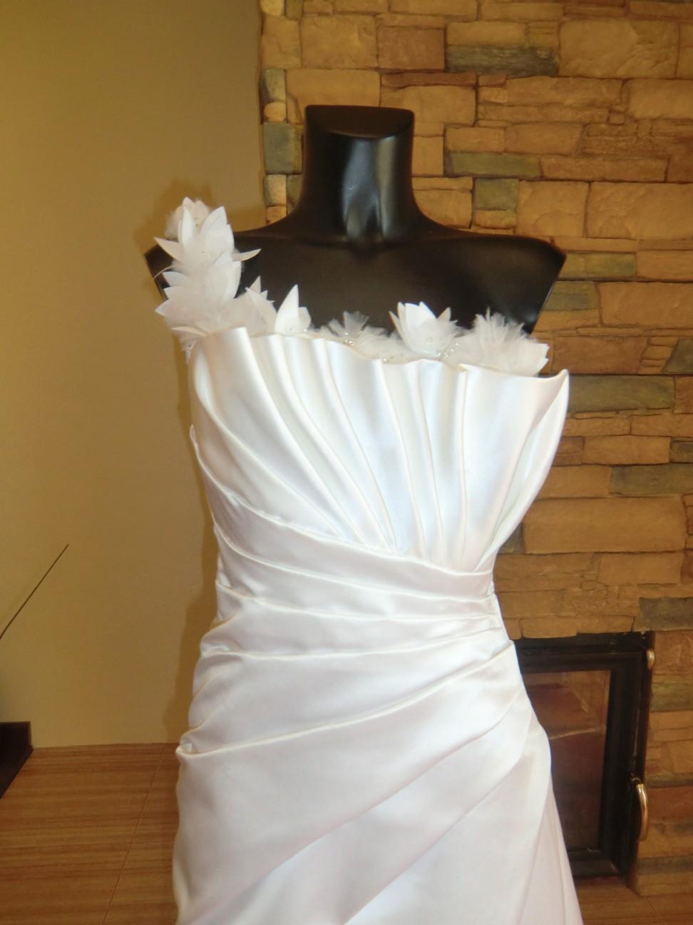 svatební šaty Jasmine Bridal - Obrázek č. 4