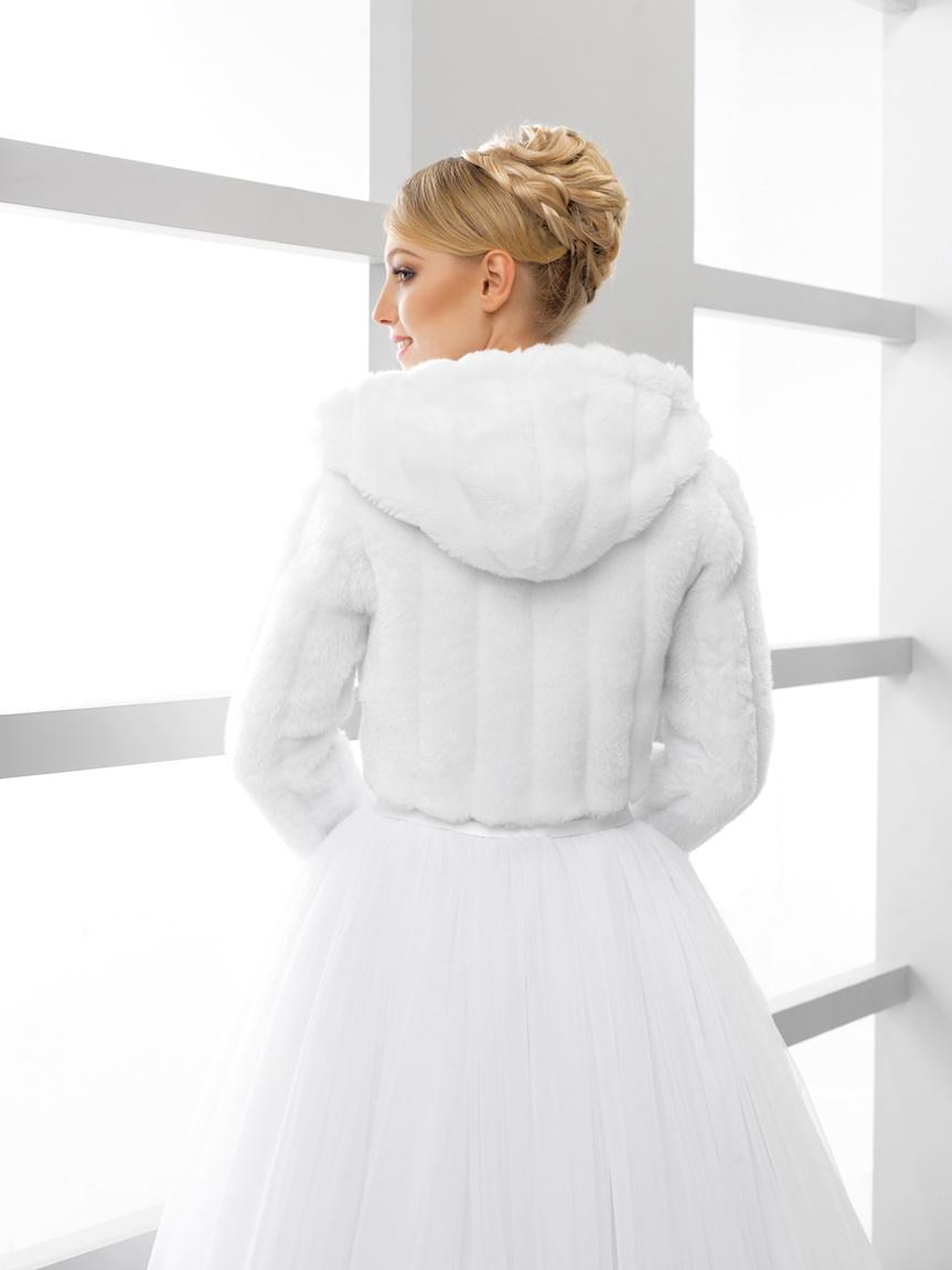 svatební kožíšek s kapucí - Obrázek č. 2