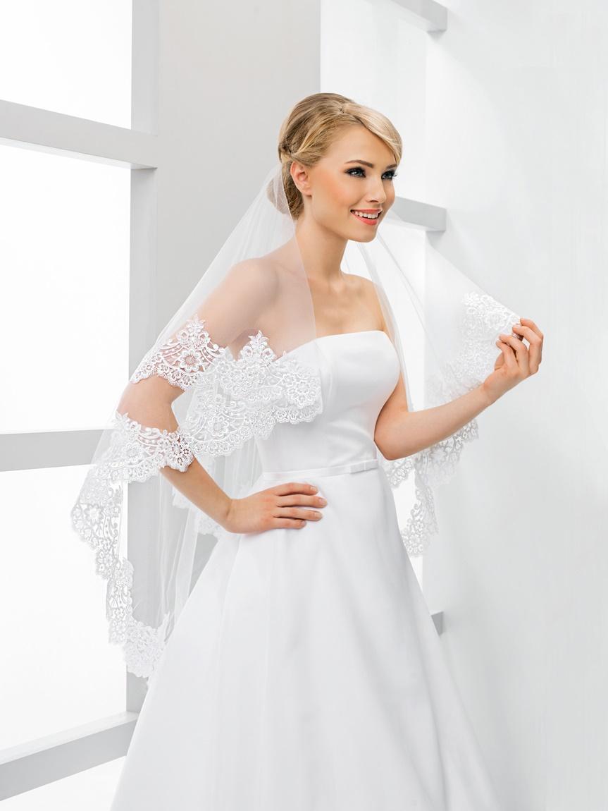 svatební závoj s krajkou - Obrázek č. 1