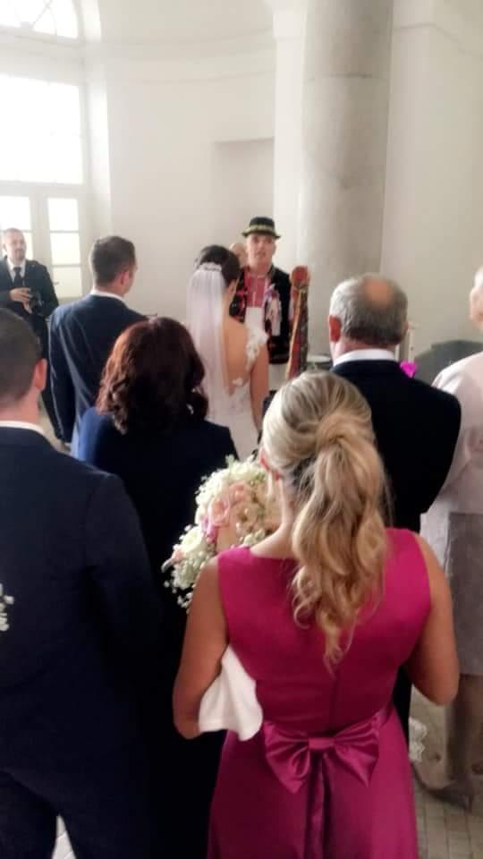 Ahojte, mali sme svadbu... - Obrázok č. 2