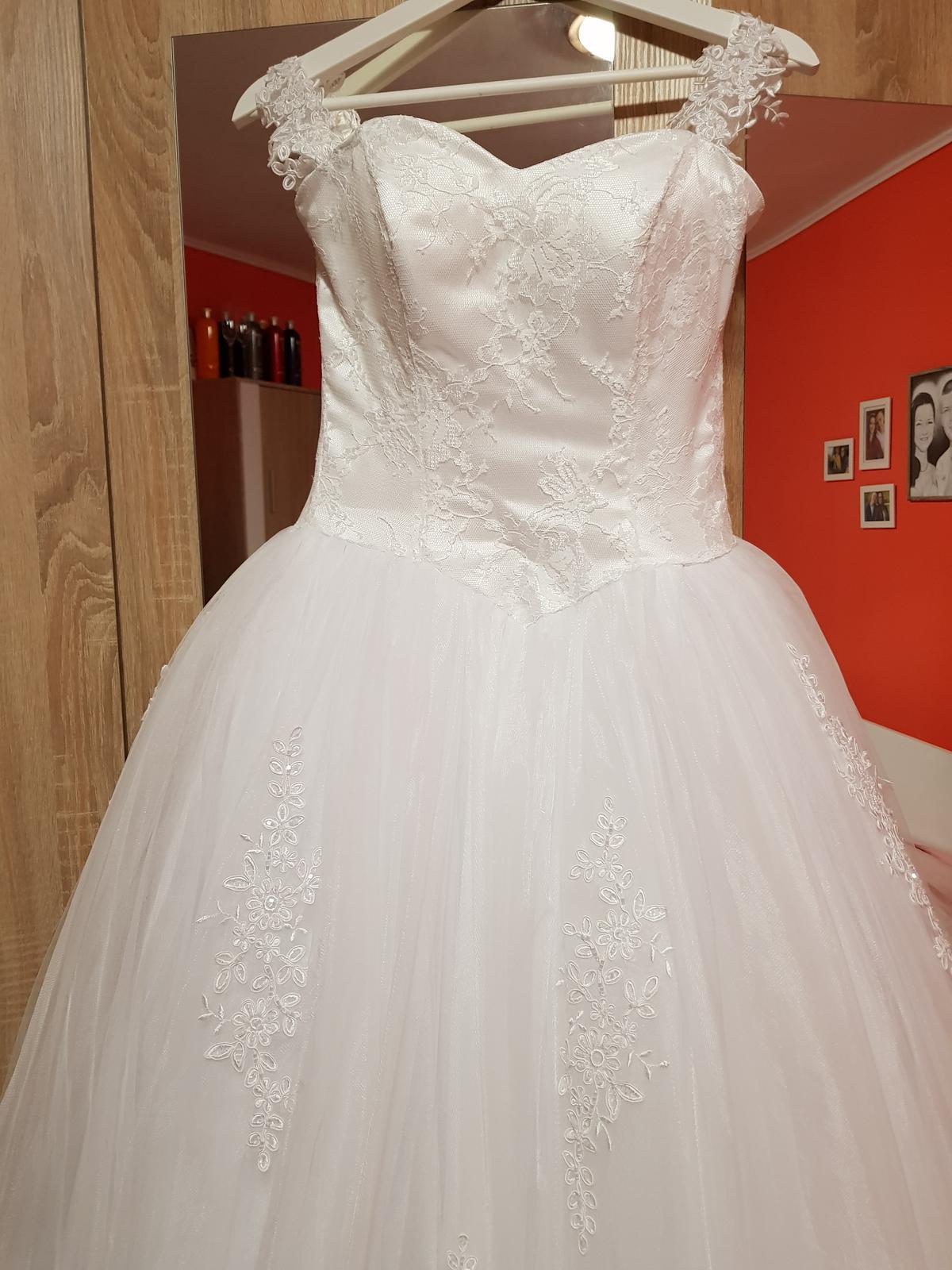 Svadobné šaty XS-S - Obrázok č. 1