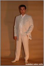 Moc krásný oblek