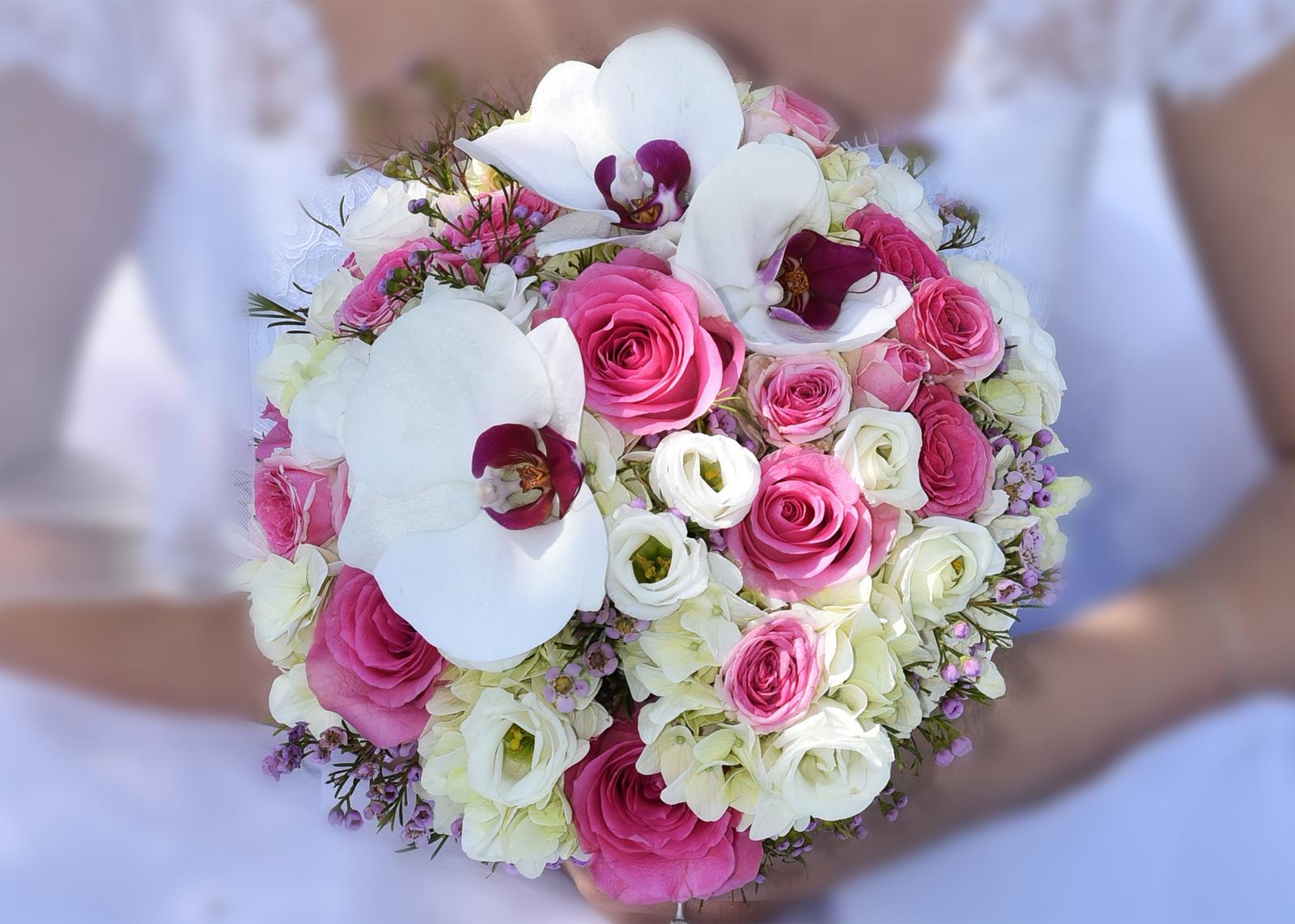 3. apr 2017 o 15 54 • Svadba bola v apríli 2016 • Odpovedz • Páči sa mi to • ff035e930d5
