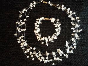 nadherne sperky z kristalu mi vyrobila sikovna pani Gabina...