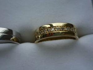 tak uz jsme se konecne dockali prstenu