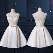 Krátke svadobné šaty-novè, 44