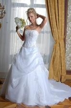 pronuptia 4 - krásná sukně