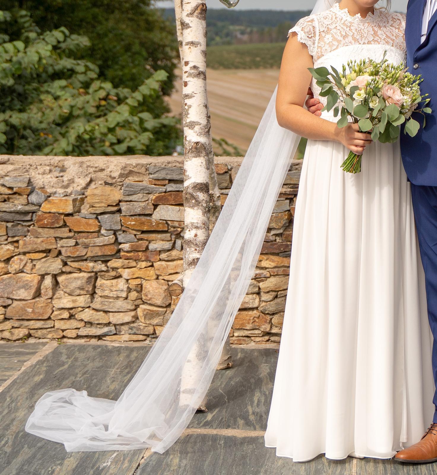 Svatební šaty vel. 42 - Obrázek č. 2