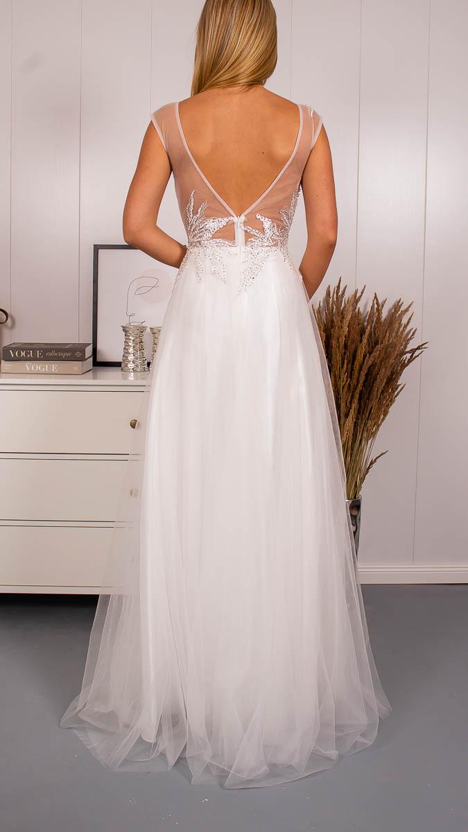 Svatební šaty s tylovou sukní - Obrázek č. 3