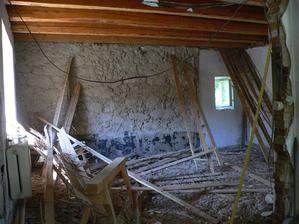 odstranění stropu