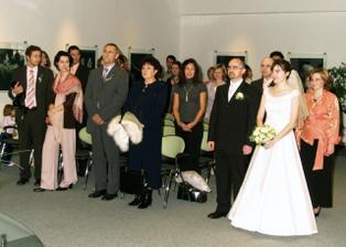 ...a zo svadobnej siene