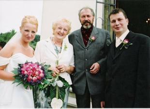 s mamčou a taťkou nevěsty