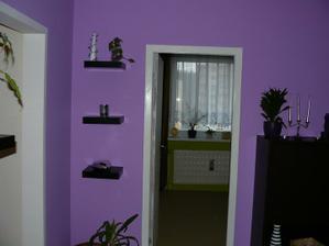 dvere z obývačky do spálne a chodby