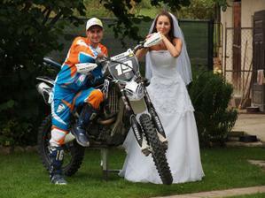 """Fotilo sa v """"kostýme"""", nie v mojich svad.šatách."""