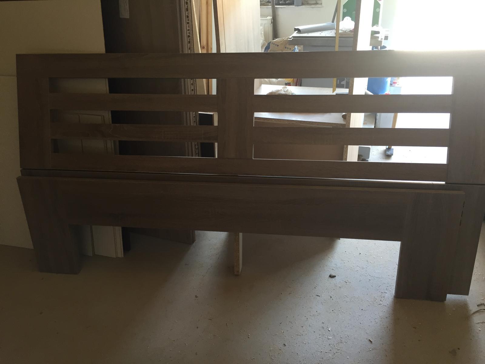Dub sonoma trufle postelny ram a dva nocne stoliky - Obrázok č. 2