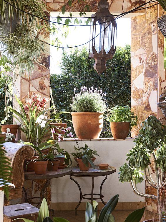 Balkony a malé terasy - Obrázek č. 22