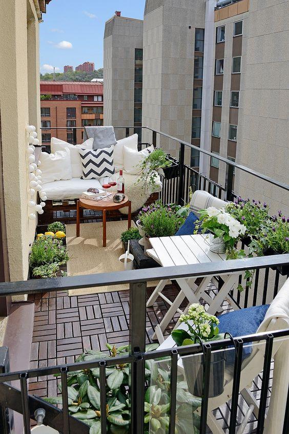 Balkony a malé terasy - Obrázek č. 45