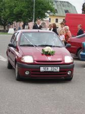 pozóór jede nevěsta :o))